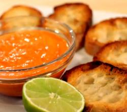 Classic Roasted Bell Pepper Dip