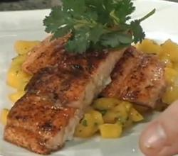Salmon with Wine Sauce and Mango Salsa