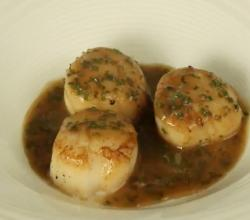 Scallops With Cointreau & Lime Butter Sauce