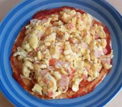 Scrambled Eggs Pizza - Mother's Day Breakfast