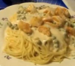 Shrimp and Fettuccine Creamy Alfredo Sauce