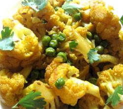 Cauliflower Peas Shaak - Sabji - Gobi Matar Sabji 