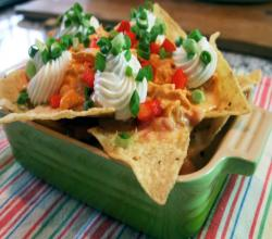 Slow-Cooker Buffalo Chicken Nachos