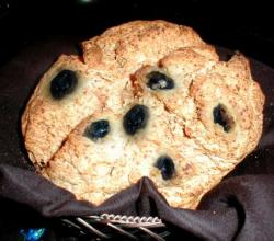 Soda Bread with Raisins