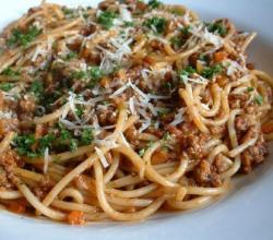 Spaghetti With Beef And Black Pepper Sauce