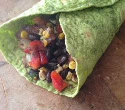 Spicy Black Beans Veggie Wrap (Healthy, Quick Lunch Idea)