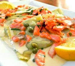 Spinach Ravioli with Salmon
