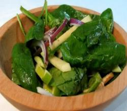 Spinach, Apple, Bacon Salad -- Lynn's