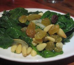 Spinach with Pine Kernels and Sultanas