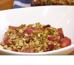 Strawberry-Rhubarb Crisp Dessert