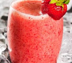 Strawberries and Cream Chobani Smoothie