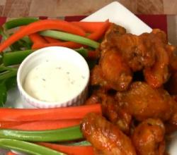 Super Bowl Recipe: Garlic &amp; Habanero Hot Wings and Lemon Pepper Wings