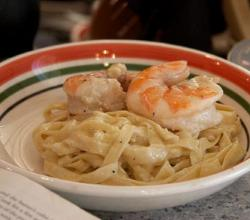 Tagliatelle with Shrimp, Garlic and Parmesan Cheese