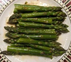 Tender Asparagus Spears With Garlic Mustard