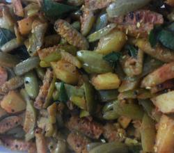 Tindora (Ivy Gourd) and Potato Stir Fry