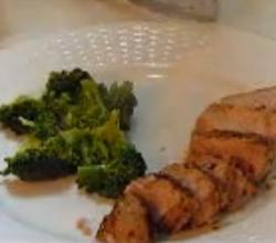 Tuna Steaks with Tossed Salad and Steamed Broccoli