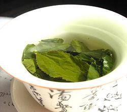 25 Reasons for Drinking Green Tea!