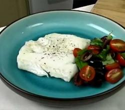Pan Fried Cod With Tomato Salad
