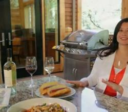 Wine Chat TV: Hot Dogs and Wines