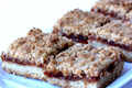 How To Make Crispy Apricot Bars