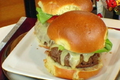 How To Make Cheeseburger With Clam And Pig Stew And Onions Fondue