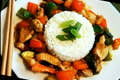 How To Make Chicken And Vegetable Stir Fried In Hoisin Sauce