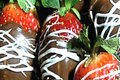 How To Make Infused Chocolate Covered Strawberries (injected With Moscato)