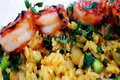 How To Make Grilled Prawns Over Pineapple Rice