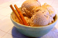 Homemade Cinnamon Ice Cream
