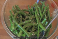 How To Make Ginger Garlic Flavored String Beans With Sesame Seeds