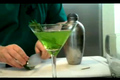How To Make Holiday Irish Fizz