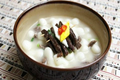 Korean Food: Lunar New Year Soup, Joraengi Tteokguk
