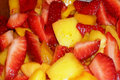 How To Make Organic Mango And Strawberry Salad