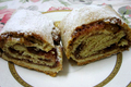 How To Make Mixed Dried Fruit Strudel