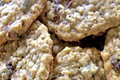 Chewy Oatmeal Raisin Cookies - How To Make Bakery Style Oatmeal Raisin Cookies