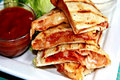 How To Make Pepperoni Pizza Quesadilla-- Quick And Easy Lunch Idea
