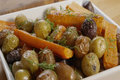 How To Make Roasted Carrots And Potatoes With Dill