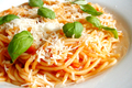 How To Make Spaghetti With Tomato Sauce