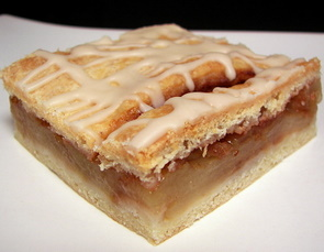 Frozen Apple Bars are a Fall Favorite among Apple Desserts