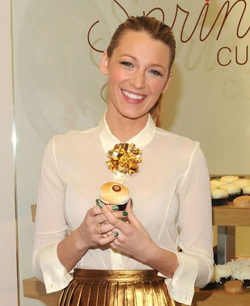 Blake Lively at Sprinkles