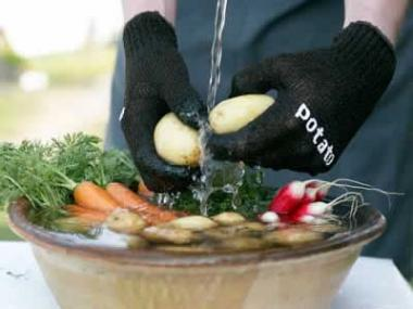Rub vegetables with your hands in warm water