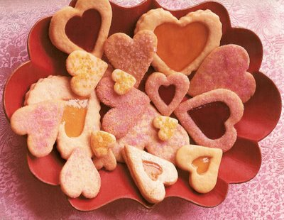 Hear shaped sumptuous Mexican wedding cookies