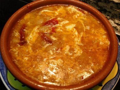 How To Eat Sopa de Ajo Castellana