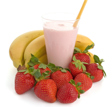 Making strawberry banana smoothie in easy steps.