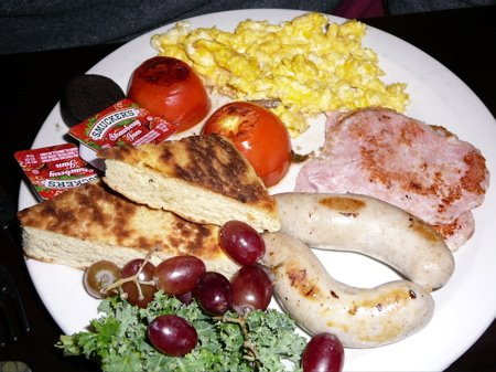 Traditional Irish breakfast ready to be eaten