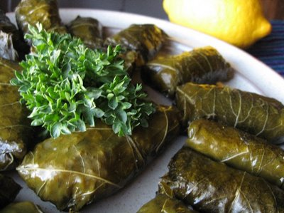 Learn the different ways of eating dolma and enjoy its taste
