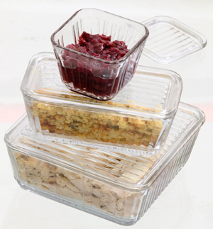 Plastic storage containers are ideal to store leftovers