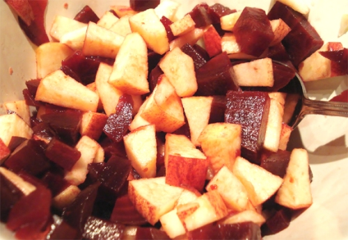beetroot_and_apple_salad