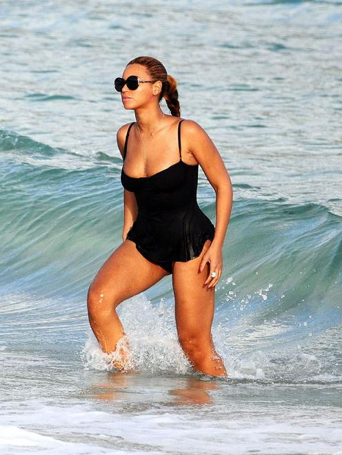 Beyonce Knowles Stuns With Her Post Pregnancy Look