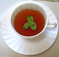 Drinking peppermint tea for diabetes